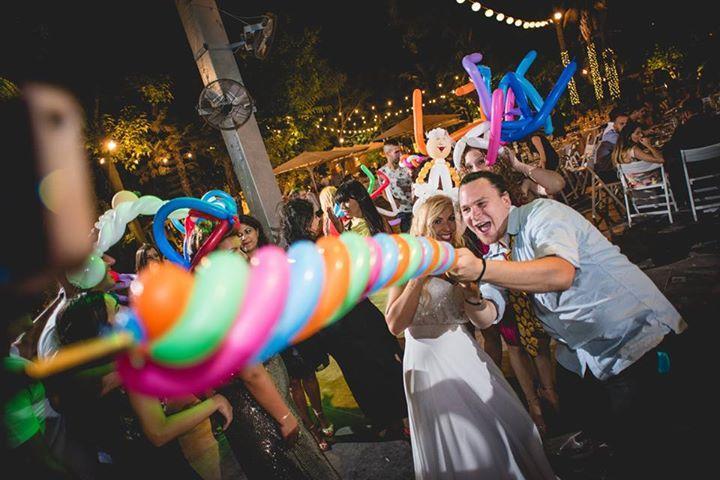 סלפי אור בלון - בלונים לחתונה