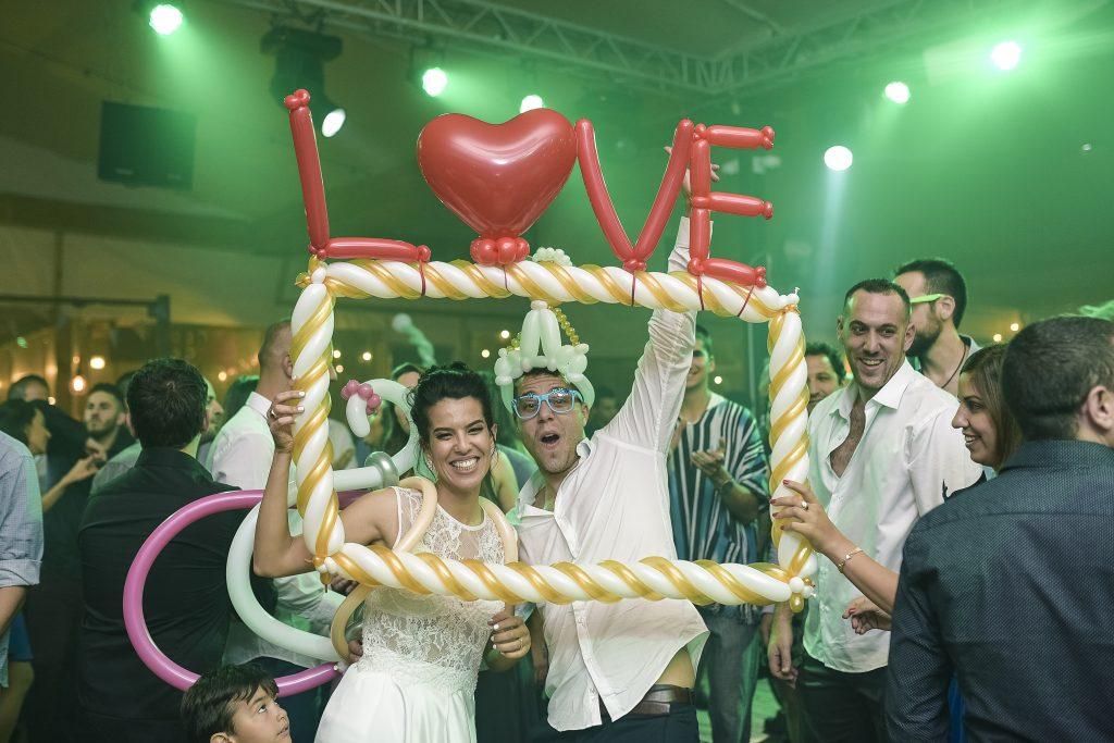 החתונה של סטטיק! סתם זה לא הוא